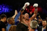 Tyson Fury tekuk Otto Wallin di WBC