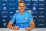Zinchenko teken kontrak berdurasi tiga tahun di City