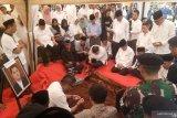 Putra Ketua MA dimakamkan di TPU Karet