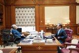 Mahathir bertemu Anwar Ibrahim di Putrajaya