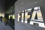 FIFA menggeser penyelenggaraan Piala Dunia Wanita U-17 dan U-20