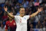 Bintang kemenangan Inggris, Lucy Bronze tuai pujian Phil Neville