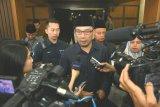 Ridwan Kamil tegaskan tak ada alasan tolak kereta cepat Jakarta-Bandung