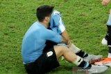 Suarez sembunyikan tangis usai Uruguay tersingkir