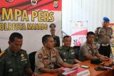 Polisi tetapkan tiga tersangka pembunuh TNI di Manado