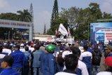 Ribuan buruh di Cilegon demo tolak restrukturisasi dan PHK PT KS