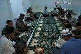Kodim 1417  Kendari yasinan doakan prajurit hilang kontak di Papua