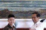 Pembahasan antara Jokowi dan Rich Brian