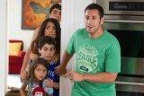 Rasa duka Adam Sandler atas kematian anaknya di 'Grown Ups'