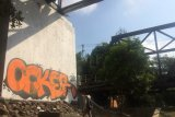 BCB Jembatan Pangukan Sleman menjadi sasaran aksi vandalisme