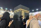 Hukum bagi perempuan untuk Shalat Jumat di Masjidil Haram