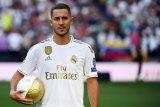 Eden Hazard ingin kenakan nomor punggung Beckham