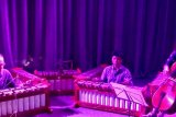 Gamelan dan cello menyatu dalam irama yang indah di pentas Intimate Gamelan London