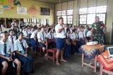 Kodim Sampit sebar personel ke sekolah bekali siswa baru