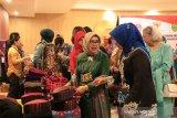 Mufida JK ajak Istri Wapres terpilih Ma'ruf Amin kunjungi Malino