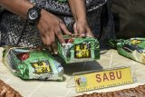 Polisi ringkus warga Malaysia penyelundup sabu dalam bungkusan teh