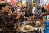 Jokowi menyukai produk berbahan rotan buatan UMKM