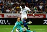 Barcelona mengincar kiper Timnas Brazil
