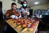 Peneliti burung Rangkong asal Indonesia terima penghargaan Whitley Award 2020 dari Inggris