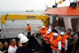 Gubernur Lampung resmikan kapal pembersih sampah