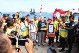 WASI pecahkan rekor dunia rangkaian penyelam terpanjang di bawah air di Manado
