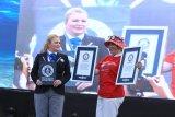 WASI kembali memecahkan dua rekor dunia selam