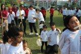 Cucu Jokowi tidak mau ikut lomba makan kerupuk