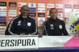 Pelatih Persipura Jacksen F Tiago tak mau remehkan kekuatan Arema FC