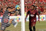 Mantan penyerang PSM Guy Junior berlabuh bersama Borneo FC