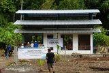 PLN listriki kampung di Yapen jelang hari Kemerdekaan RI