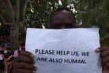Menghargai HUT Republik Indonesia, Imigran hentikan demo
