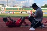Dokter timnas: Gelandang Supriadi masih dalam pengawasan usai cedera