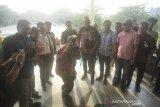 Jepretan Sang Gubernur tandai pembukaan pameran foto PFI