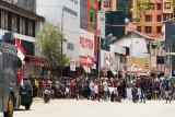Seribuan pengunjuk rasa pawai Kantor Gubernur di Jayapura