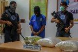 Mantan pasangan suami istri di Pekanbaru kelola 499,64 gram sabu