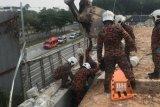 Dua orang pekerja WNI meninggal tertimpa dinding beton
