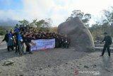 Peserta SMN Riau menikmati panorama Gunung Merapi