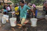 Warga Sigi mulai kesulitan air bersih di musim kemarau