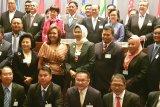 Pejabat Wali Kota Makassar paparkan teknologi cerdas di AMF