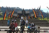Culinary stalls and souvenirs typical of Tanah Datar will be present in the Istano Pagaruyung area