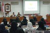 Anggota MPR menyosialisasikan empat pilar kebangsaan kepada PGRI Bantul