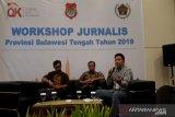 OJK: masyarakat waspadai pinjaman 'online'