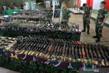 Masyarakat Aceh serahkan senjata secara sukarela ke TNI, KSAD beri apresiasi