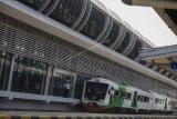 Peresmian ruang tunggu kereta api bandara Adi Sumarmo