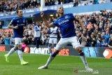 Everton kalahkan Wolverhampton 3-2