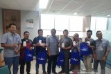 10 pemenang kuis Makna Kemerdekaan Bank Nagari terima hadiah