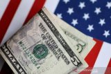 Dolar AS menguat, investor buru 'greenback' setelah data ekonomi AS suram