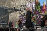 Penyanyi Tulus tersenyum lebar di Bali dalam Soundrenaline 2019