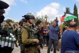 Seorang mahasiswi Palestina kritis dihantam tabung gas air mata oleh pasukan Israel