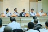 Gubernur Sulsel tantang SKPD dapatkan tunjangan kinerja  Rp50 juta